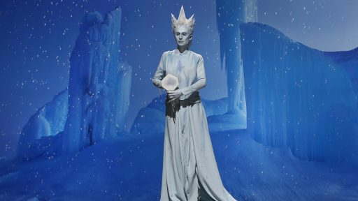 Niko and Cat's Ice Queen (image: SyFy)